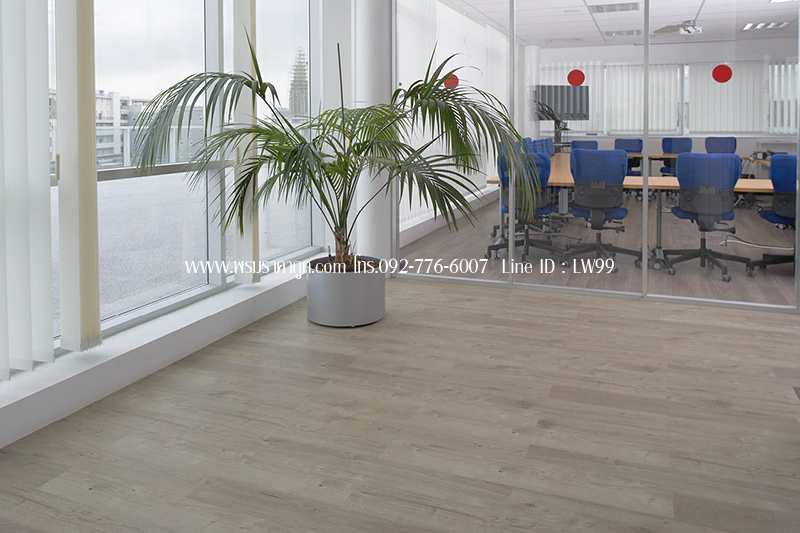 luxury-vinyl-tile-sun-bleached-oak-in-an-office1